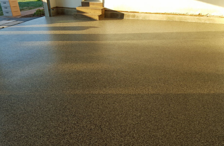 Gettysburg garage gets epoxy floor coatings from Stronghold Floors